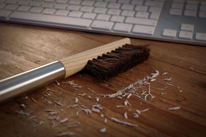 "la brosse de bureau ""Pukka"" par Amaury Poudray"