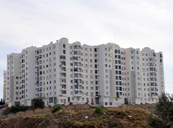 OPÉRATION DE DISTRIBUTION DE 5757 LOGEMENTS AU MOIS DE MAI 3200 logements pour Sidi Abdallah