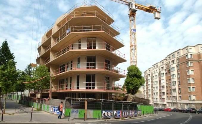 NOUREDDINE BEDOUI en visite de deux jours dans la wilaya de Béjaïa Le projet des 4 200 logements AADL lancé