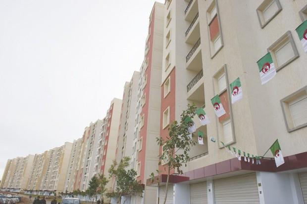 Laghouat : Les différents projets de logements inspectés par le wali